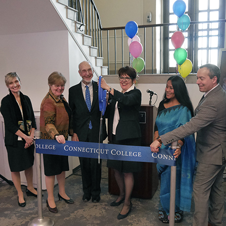 President Katherine Bergeron cuts the ribbon to official dedicate the Otto and Fran Walter Commons for Global Study and Engagement.